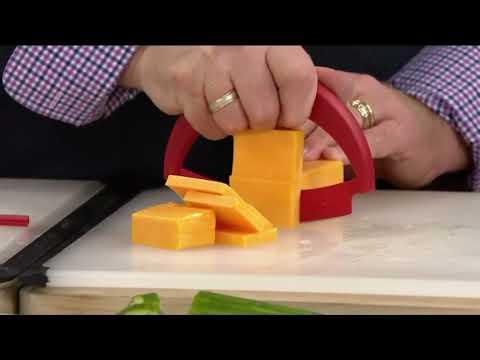 Круглый нож Mezzaluna для зелени Kuhn Rikon красный