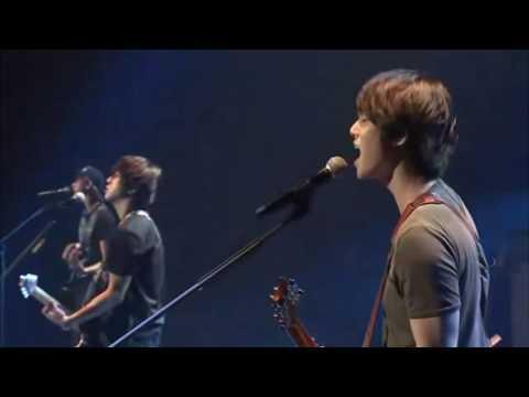 CNBle - La La La (Live)