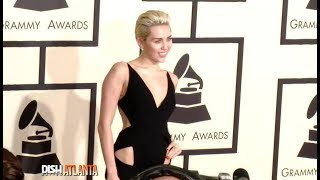 TAMPA MINUTE: MILEY CYRUS GETS IN THE HOLIDAY SPIRIT!