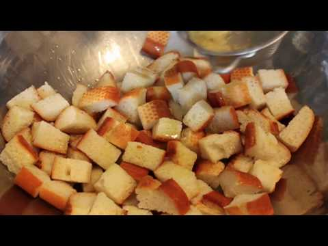How to Make Croutons – Garlic Parmesan Croutons Recipe