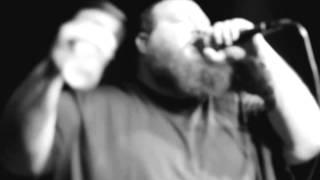 Action Bronson - Not enough words & Shiraz (Live Video)
