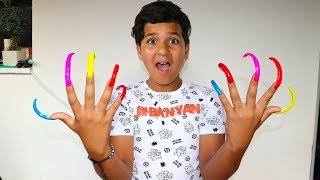 Long nails , child pretend play funny videos for kids, les boys tv
