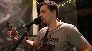 Video Radiomaják - Vlasy (From The Basement)