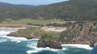 preview picture of video 'No-door flight to Great Barrier Island'