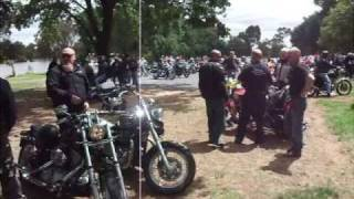 preview picture of video 'Bendigo Motorcycle Toy Run 2009'