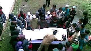 preview picture of video 'Pengurusan jenazah  oleh mahasiswa stai DDI-AD Mangkoso(Part 4 Memandikan jenazah)'