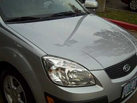 2006 KIA RIO5 SX NICE **ALLOY WHEELS, LEATHER WRAPPED STEERING WHEEL AND SHIFT KNOB**