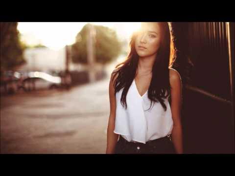 Estiva - Smiley Smilesworth (Original Mix)