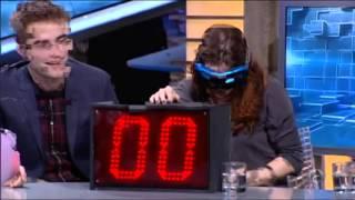 El Hormiguera 3.0 - Kristen Stewart, Robert Pattinson Y Taylor Lautner Bañan Al Público De Sangre