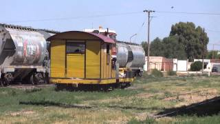 preview picture of video 'Camión de vía de FEPSA x Bahía Blanca (05-02-2014)'
