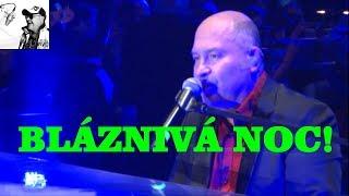 Michal David - Nenapovídej (Bláznivá noc, O2 arena, Praha 2015)