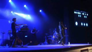 Tell Me - CHARMAINE in concert  with Spanish Subtitles.wmv