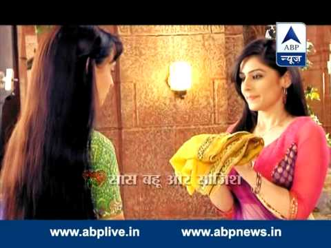 Rudra kicks Laila out of his house.