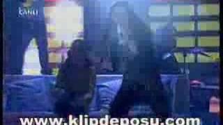Şebnem Ferah-Mayın Tarlası Beyaz Show(18.04.2008)