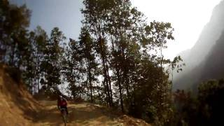 preview picture of video 'MTB Nepal Dec 2009'
