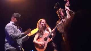 Ani DiFranco - God's Country 'Off Mic' (Napa 3/21/15)