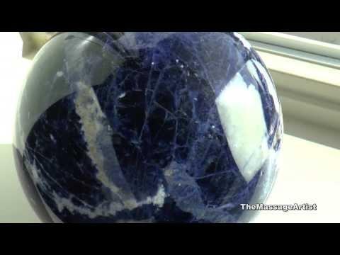 Камень содалит: магические свойства по знаку зодиака