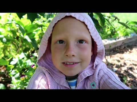 Garden Tour With Esther Pie - Gardening With Children