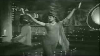 Aa Khile Hai Gul O More Bulbul - Sitaron Se Aage - YouTube