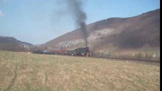 preview picture of video 'TKt48-18 z pociągiem specjalnym 1/3'