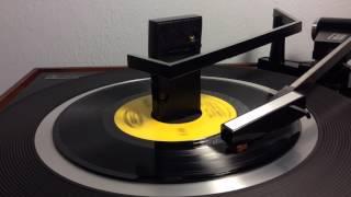Johnny Paycheck - She's All I Got ((STEREO)) 1971
