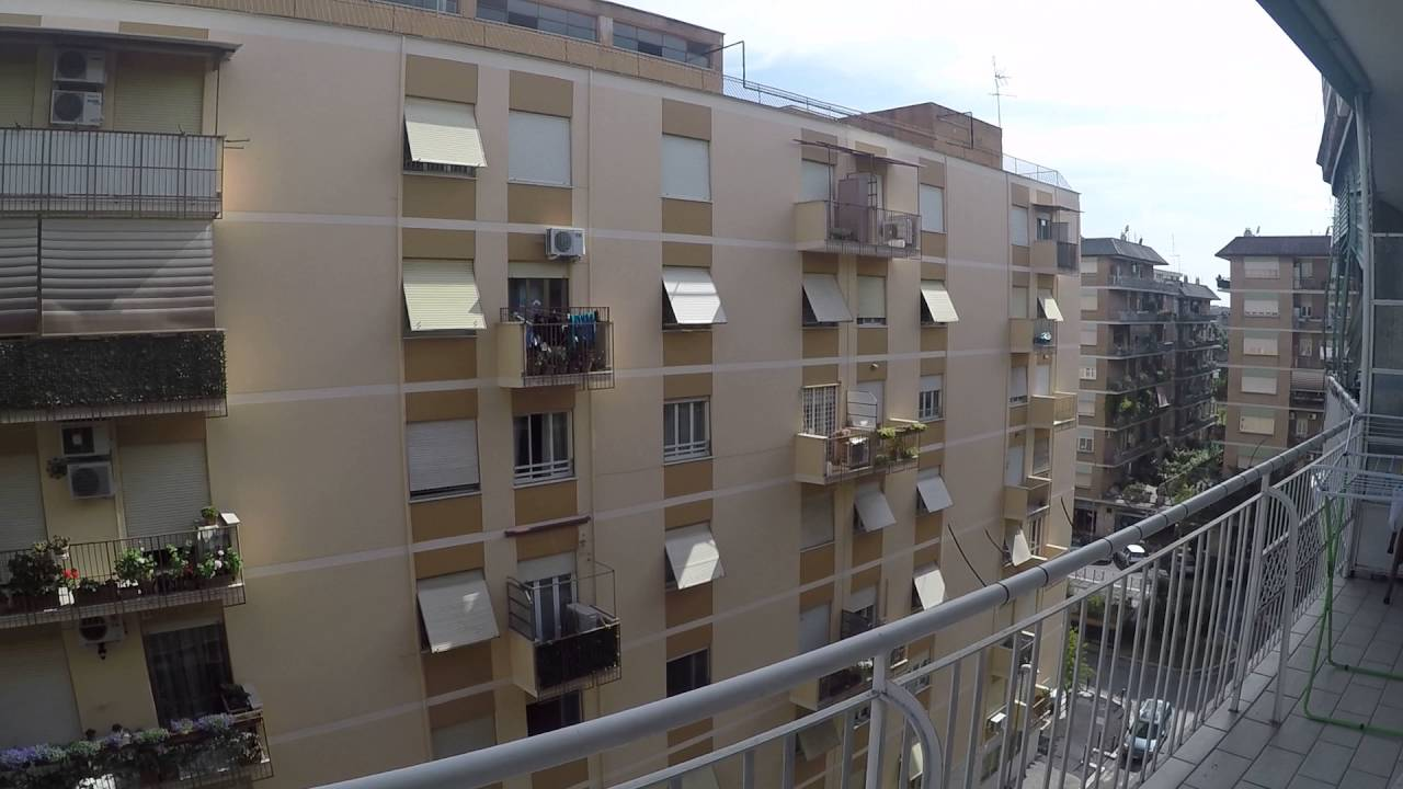 Rooms for rent in 2-bedroom apartment in Centocelle