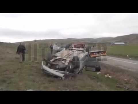 Şarkışla'da Otomobil Devrildi: 4 Yaralı