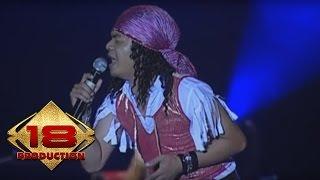 Seurieus - Bandung 19 Oktober (Live Konser Soundrenaline Palembang 2007)