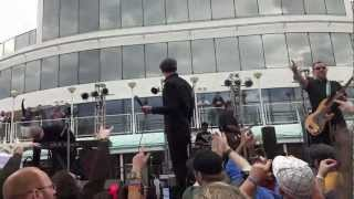 311 Caribbean Cruise 2013 - The Aggrolites - Don't Let Me Down