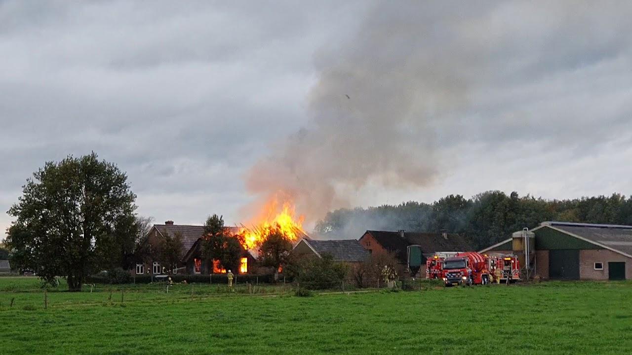 Grote brand in woonboerderij Hoevenallee Terwolde