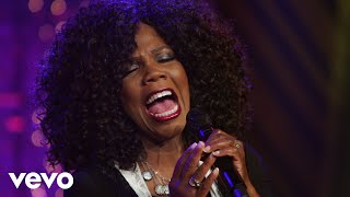Lynda Randle - Where We'll Never Grow Old (Live)