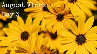 August Vlogs - Day 3 - Through The Blue Door