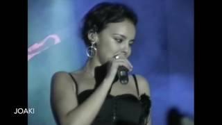 8 Soy mujer - Chenoa - Vall d'Uixó 2003