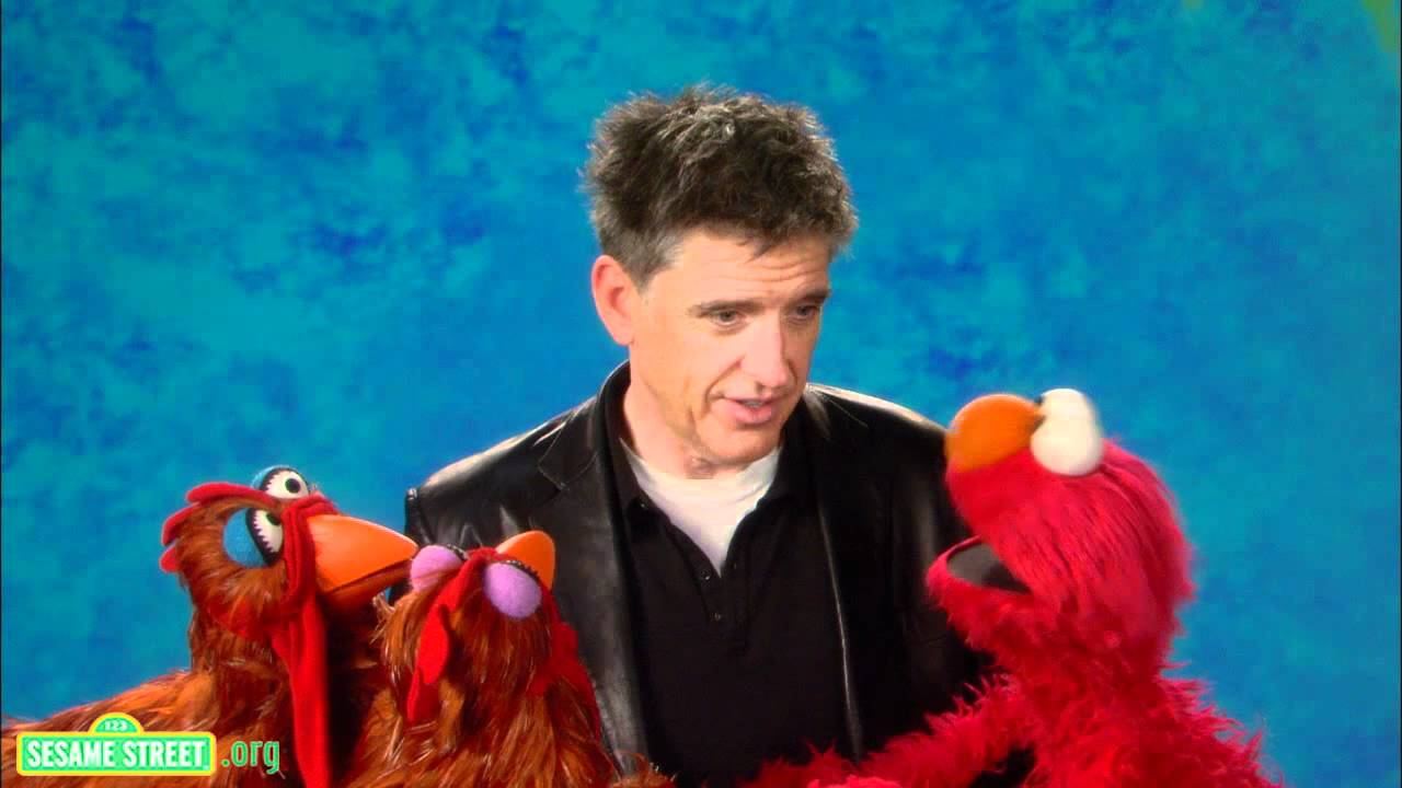Craig Ferguson And Elmo Conduct The Cutest Experiment Ever