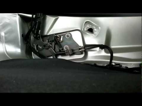 Verdeckkasten Opel Astra G verriegelt nicht