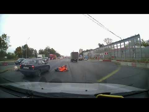На Горьковском шоссе, сбили пешеходов которые не смотрят по сторонам