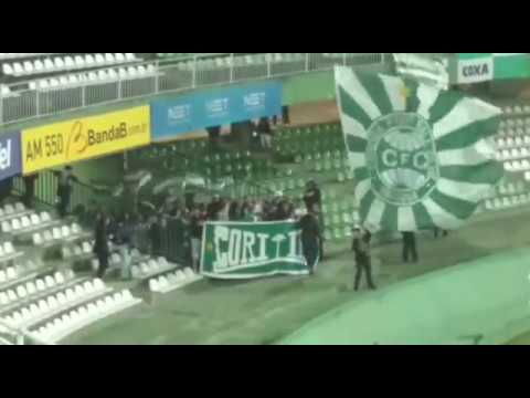"""Entrada da Banda - Curva 1909 - Coritiba 4x0 Cascavel"" Barra: Curva 1909 • Club: Coritiba"