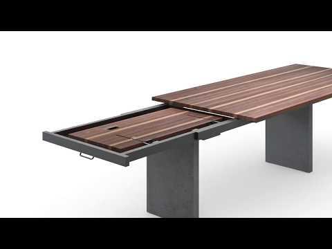 Bela. Ein Girsberger Tisch mit besonderem Auszug. Design: Stefan Westmeyer