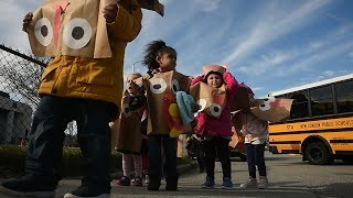 Turkeys invade Ocean Beach for the Harbor School Turkey Trot