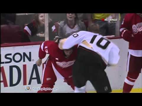 Pavel Datsyuk vs. Corey Perry