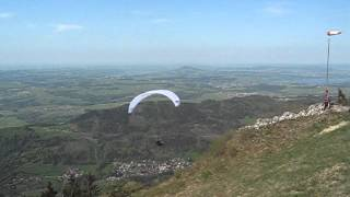 preview picture of video 'Mike's Tandem Paragliding Launch at the Gaisberg, Salzburg, Austria'