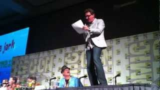 """Tom Kenny singing """"Don't Be a Jerk, It's Christmas"""" at Comic-Con 2012!"""