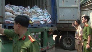 Công an Nghệ An bắt giữ xe vận chuyển 20 tấn quặng thiếc trái phép