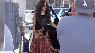 Selena Gomez Asks Paparazzo To Drive Her Car, Asked If Bieber Is A 'Bad Boy' [2013]