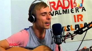 Dons - Par Zilo Kleitu (Live,acoustic@RadioValmiera)