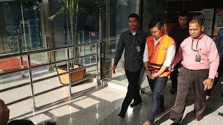 Digelangi Borgol, Bos Tjokro Group Resmi Ditahan KPK