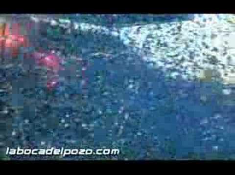 """""""Salida Emelec clásico del astillero agosto 2007"""" Barra: Boca del Pozo • Club: Emelec"""