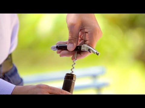 Wie öffnet man eine Weinflasche richtig?