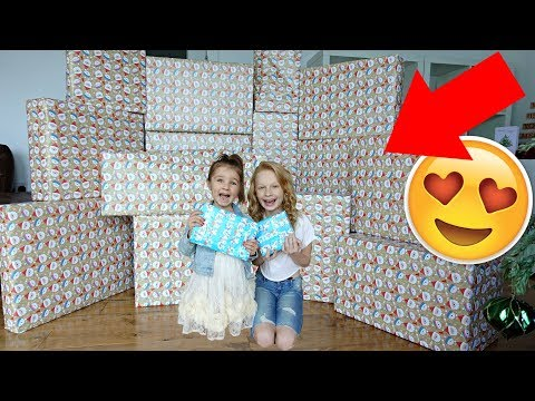 🎁 CHRiSTMAS MORNiNG SPECiAL OPENiNG PRESENTS!!!! 🎁