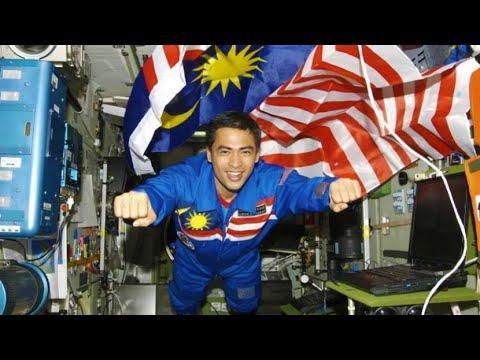 Malaysians Pertama Menakluki Pentas Dunia